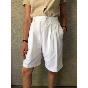 VINTAGE | super high rise mom shorts w/ pleats